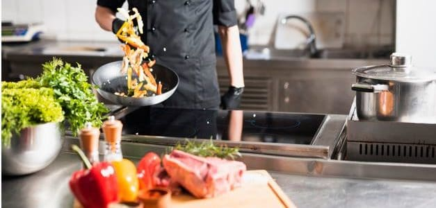 ¿Contratar un chef para una cena familiar?